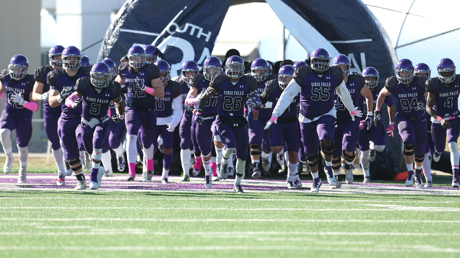 Usf Football Moves Up To No 12 In The D2football Com Poll